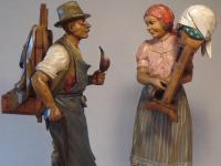Waldarbeiter und Klöppelfrau